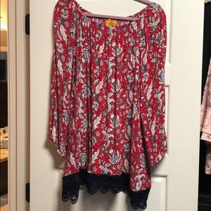 Beautiful red and blue top by Ruby Road woman